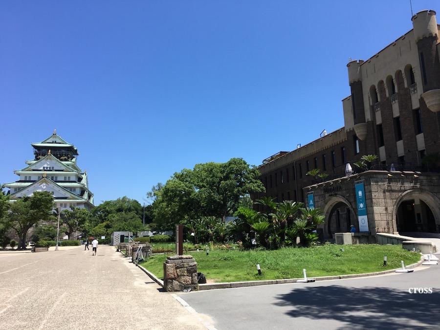大阪城とミライザ大阪城