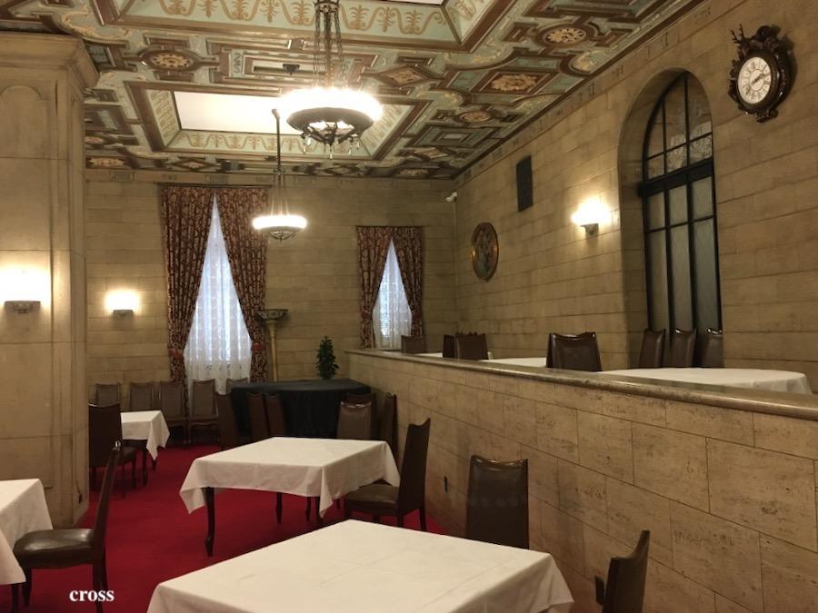 綿業会館の会員用食堂